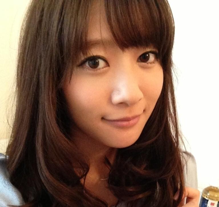 吉田明世アナはDカップで太ももに注射?大学時代のメガネ写真が可愛い!