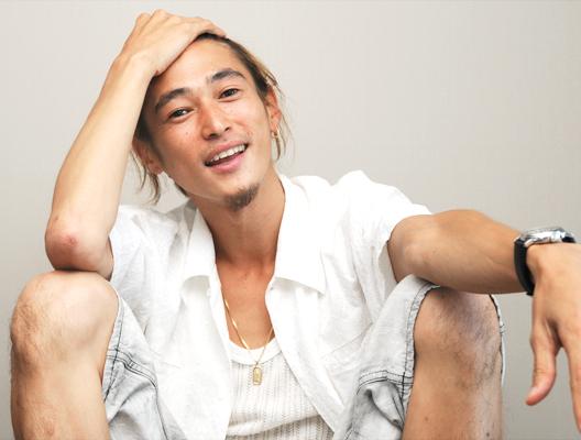 窪塚洋介、死去説が流れた原因はニュース?弟が義足でレゲエDJ?画像&動画