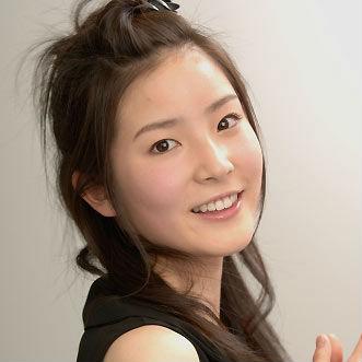 蓮佛美沙子があのAKB女優に似てる!?彼氏との結婚や本名は?