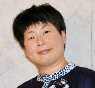 森三中・大島美幸、鈴木おさむとの子供画像!?お揃いタトゥーが話題